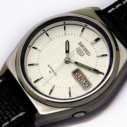 Reloj Seiko 5 Automatic cuerda manual 17 Jewel plata vintage 1